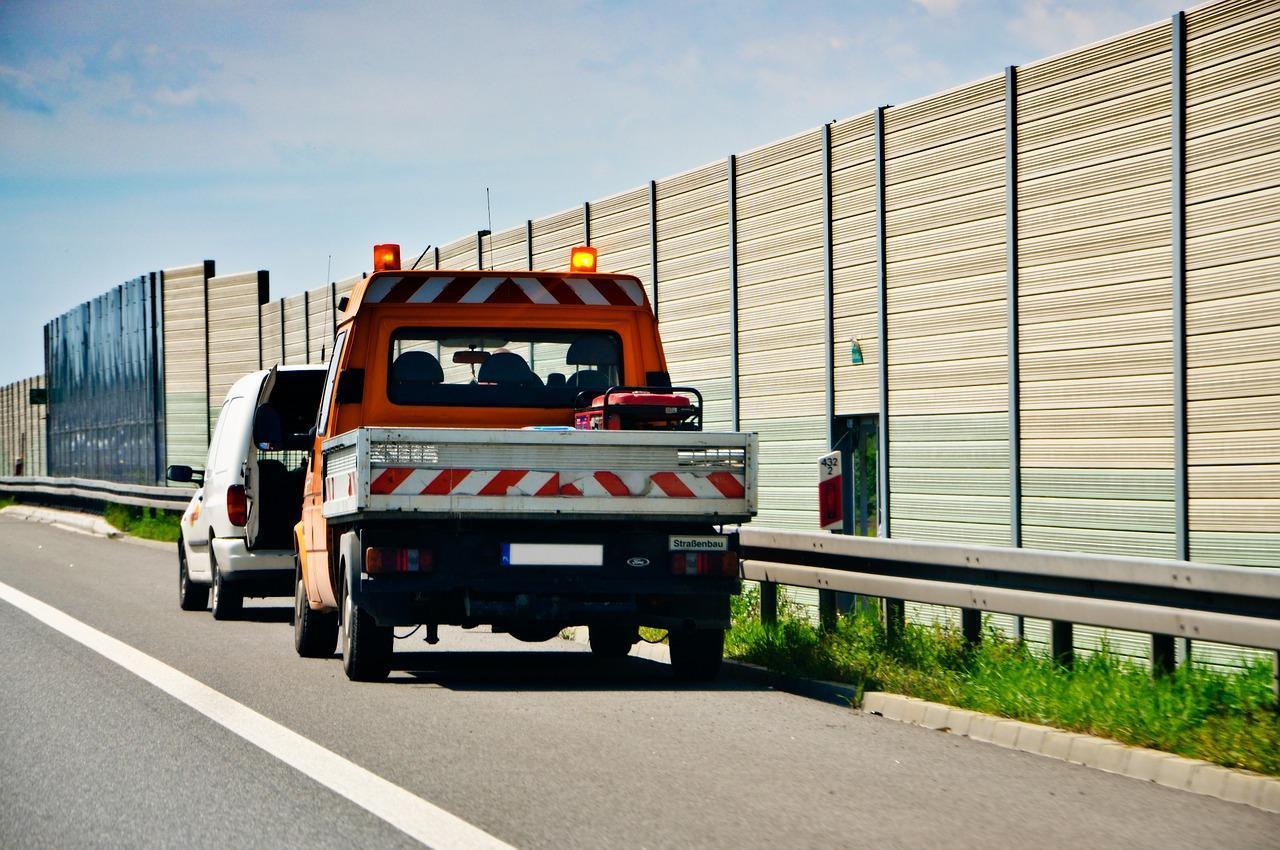 biznes-ubezpieczenie-pomoc-drogowa-wypadek