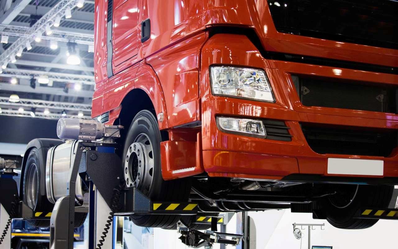 motoryzacja-naprawa-aut-ciezarowych-czesci-samochodowe