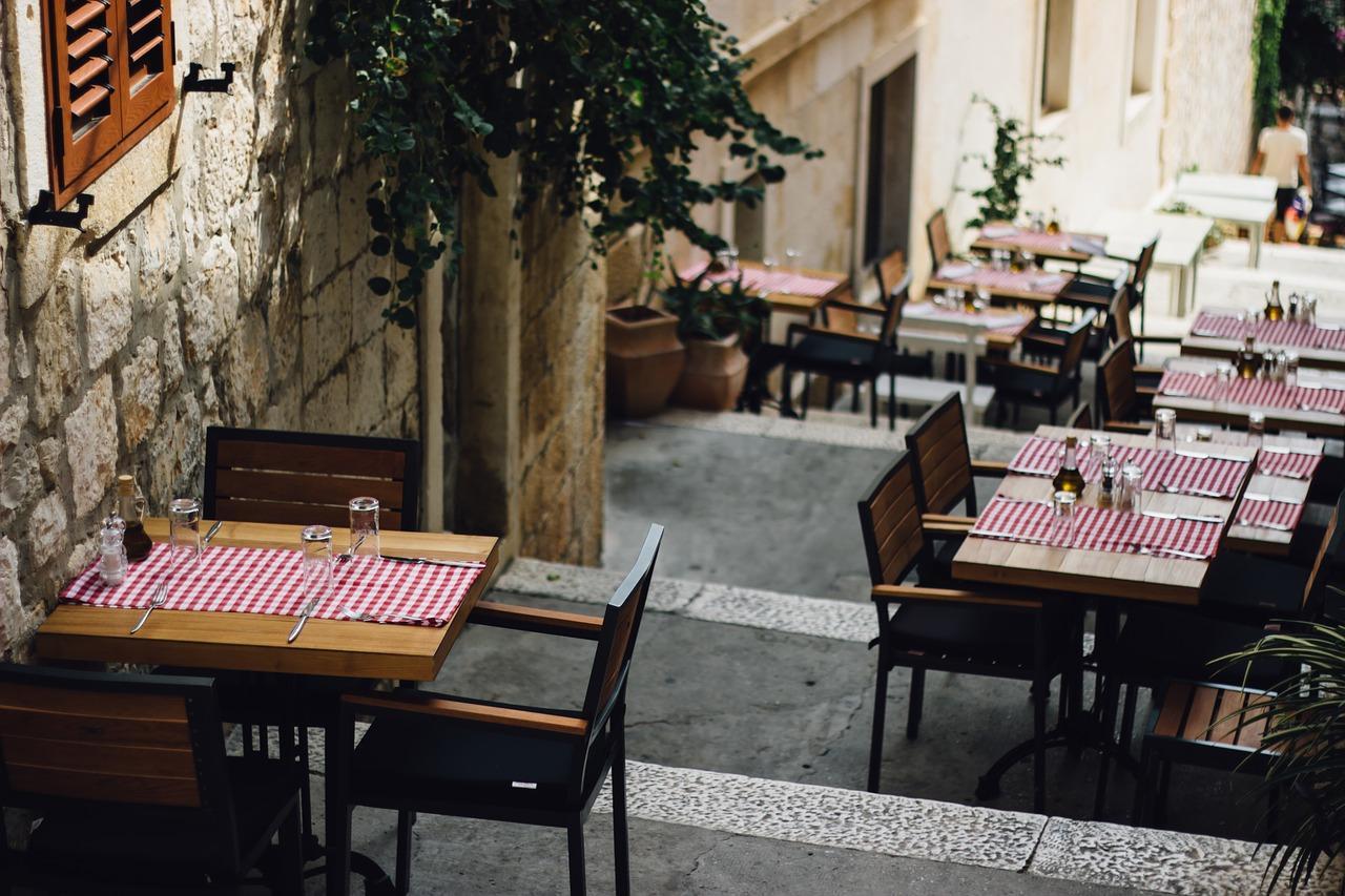 lifestyle-restauracje-obrusy-jedzenie