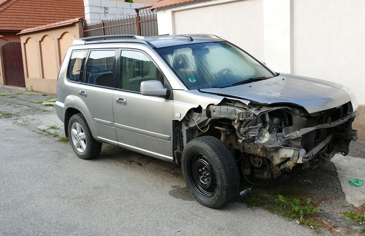 samochod-wypadek-stluczka-02