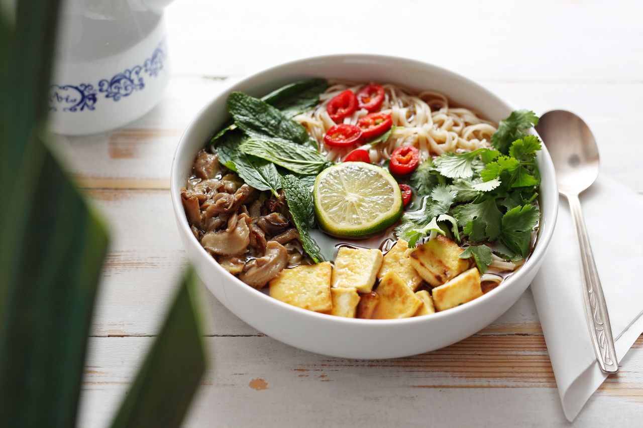 potrawa-danie-zupa-ramen-miska-01