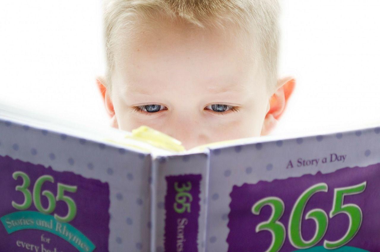 lifestyle-ksiazka-dziecko-czytanie